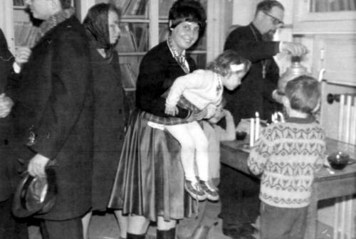 Le café à la Crypte avec le Père Pierre (entre 1964 et 1968)